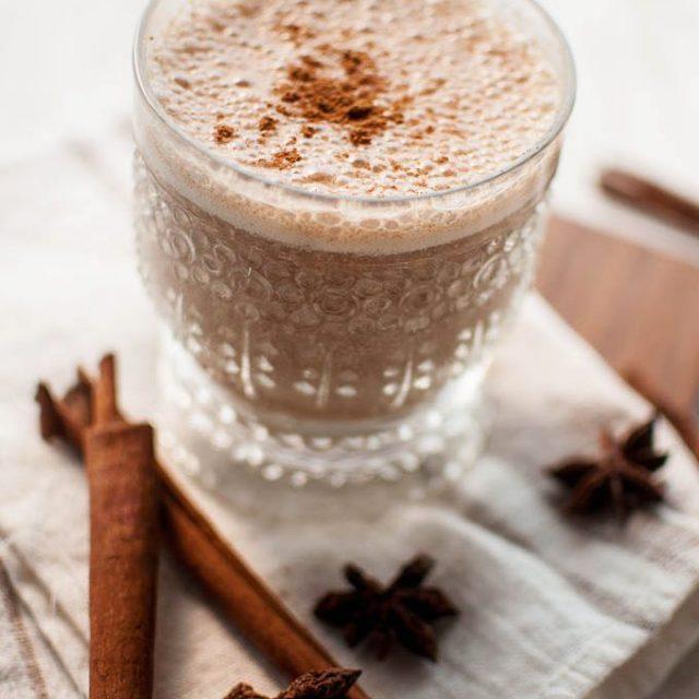 Hello vegan Cinnamon Chai shake  Te quiero!!  hellip