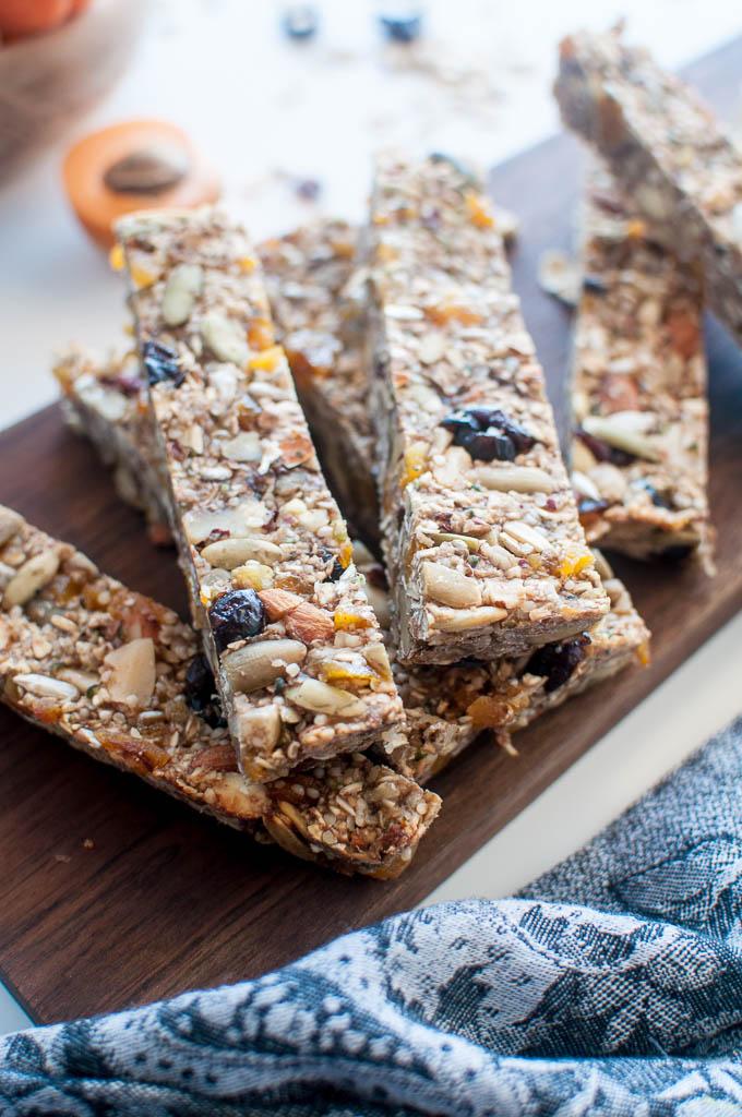healthy oil free sugar free granola bars