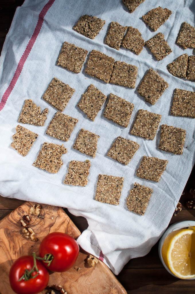 easy vegan wheat free crackers