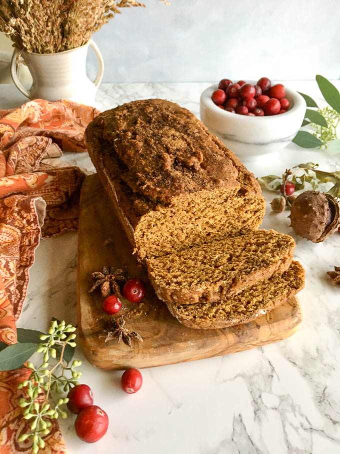 perfectly spiced vegan pumpkin bread